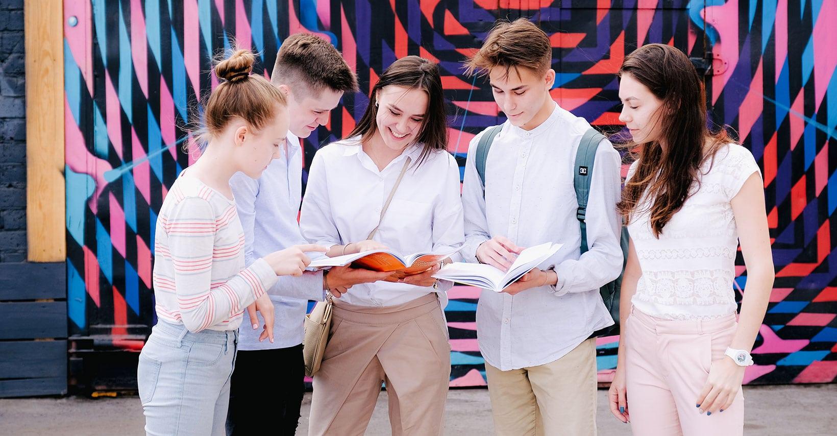 Мы стали центром подготовки и тестирования Pearson Test of English
