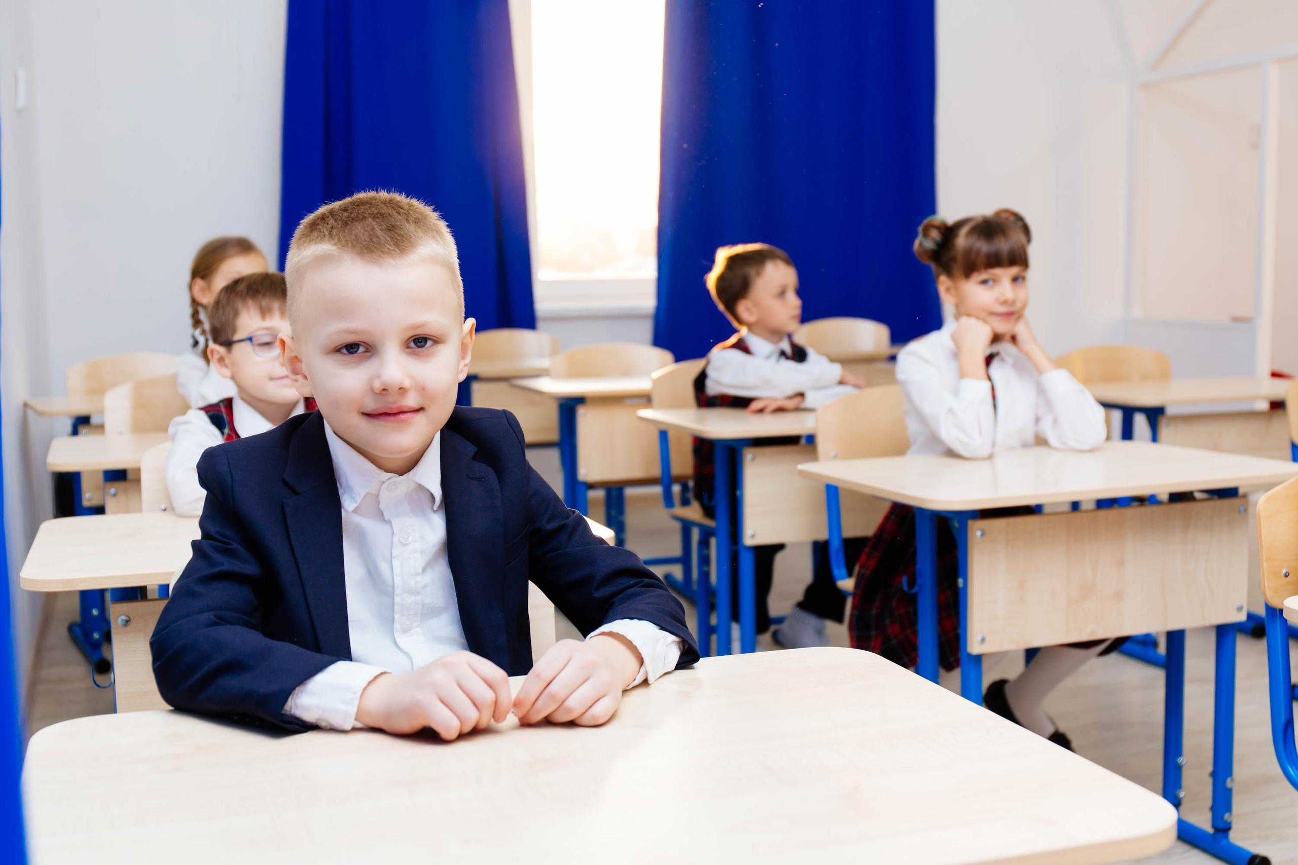 Набор в Начальную Лингвистическую школу Easy School